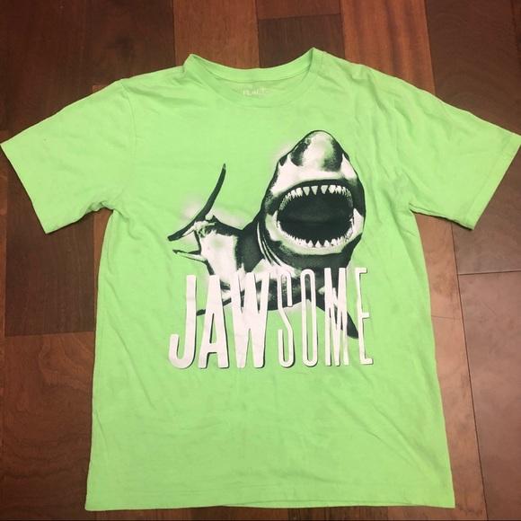 Children's place shark green T-shirt sz xxl